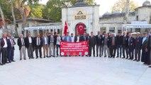Diyarbakırlı gaziler ve şehit yakınları Sultanahmet Camisi'nde namaz kılarak dua etti - İSTANBUL