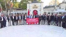 Diyarbakırlı Gaziler ve Şehit Yakınları Sultanahmet Camisi'nde Namaz Kılarak Dua Etti