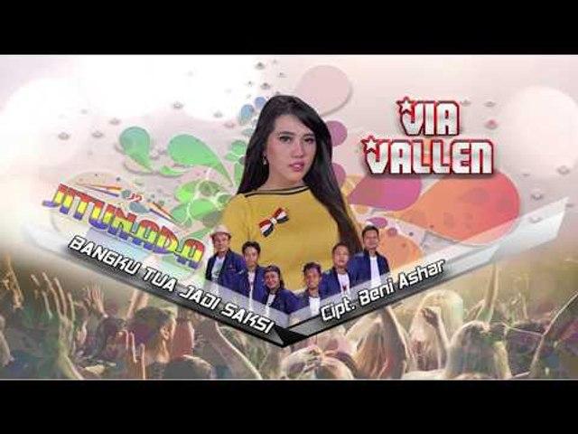 Via Vallen - Bangku Tua Jadi Saksi (Official Music Video)