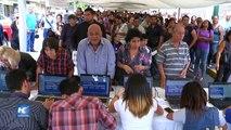 Miles de venezolanos ratifican firmas para activar referendo revocatorio