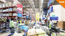 Flipkart-Walmart deal on track, but Amazon remains a contender