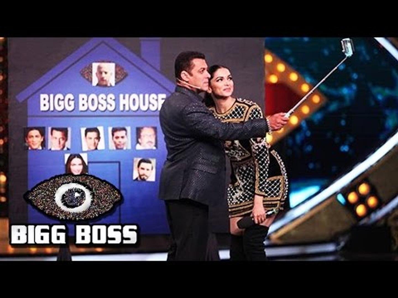WATCH - Salman & Deepika's SELFIE Moment On BIG BOSS 10
