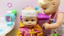 Hora del Baño de las Bebés Nenuco Hermanitas Traviesas | Baño de Burbujas Nenuco Naia y Alice