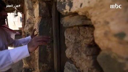 ماذا فعل والد عبد الناصر عندما اكتشف إلتحاق ابنه بالكلية العسكرية ؟