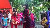 Bangla New Dance 2018 _ Gaye Holud _ Biye Barir Dance বিয়ে বাড়ির গানে কেমন লাগে । বিয়ে বাড়ির কঠিন নাচ