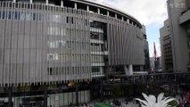 グランフロント大阪に1000人のサンタクロース