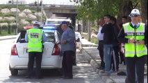 Niğde'de Trafik Kazası: Otomobil takla attı
