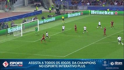 GOL DA ROMA! Após lambança da zaga do Liverpool, bola bate no rosto de Milner e entra.