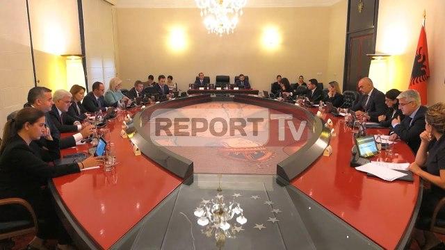 Report TV - FMN zbarkon sërish në Tiranë, drejt një marrëveshjeje të re?