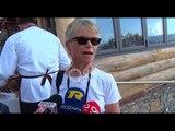"""Ora News – """"Pushtohet"""" Lezha, mbërrin kroçera me turistë nga Anglia"""