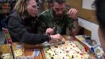 合作博弈:棋手必须合作才能赢的游戏