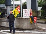 """Vidéo. Opération """"péage gratuit"""" des syndicats de cheminots de la Vienne"""