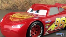 Disney Cars 3 Flash McQueen Interif Sons Lumière Lightning McQueen Movie Moves Jouet Toy Review