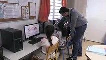 """Les élèves d'une classe de CM2 à Sainte-Clotilde se voient délivrer leur """"Permis Internet"""""""