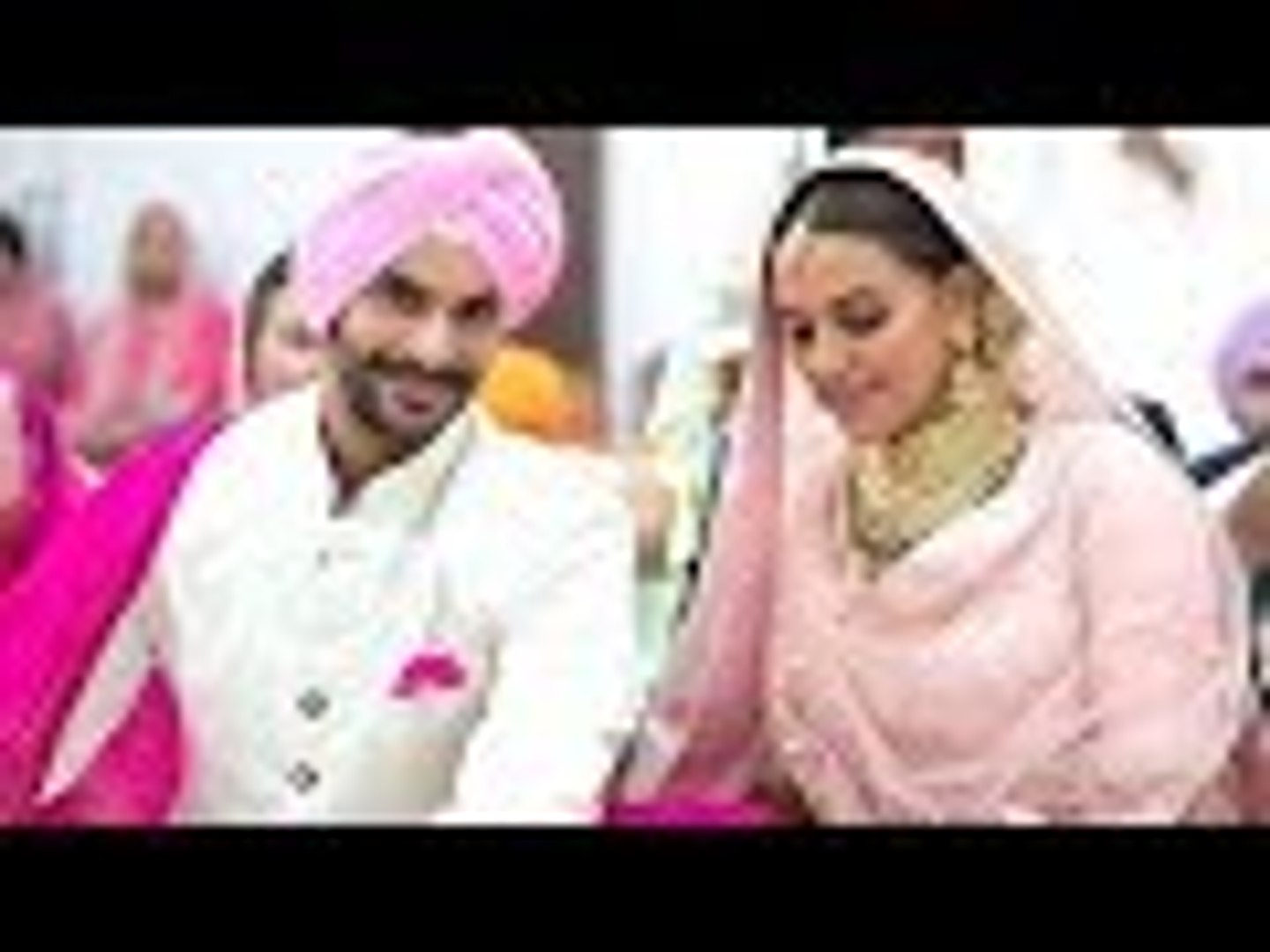 Neha Dhupia Ties The Knot With Best Friend Angad Bedi | Bollywood Buzz