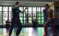 Combat maître de Kung Fu vs pratiquant de Muay Thai : quelle discipline est la plus forte ?