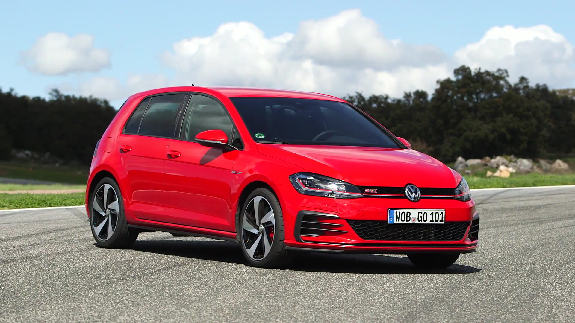 VW Golf GTI Exterior Design – GTI Driving Experience