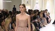 Fashion week de Paris : défilés automne-hiver Dior et G. Valli