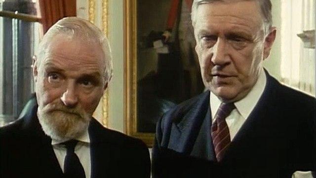 Poirot S02E08 - The Kidnapped Prime Ministerr (1990)