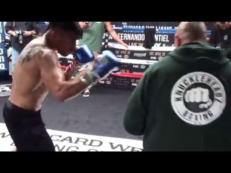 Victor Ortiz: BANGS PADS! FINAL WORKOUT vs Andre Berto 2
