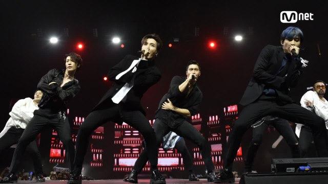 KCON 2018 NY×M COUNTDOWN 슈퍼주니어(SUPER JUNIOR) _ INTRO + Black Suit