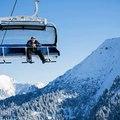 Bald ist die Wintersaison zu Ende. Uns zieht es dieses Wochenende nochmals in die Berge. Skifahren, Spazieren oder doch Schlitteln?  Am besten alles - und dana
