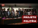 """Estudantes aproveitam recesso para fazer """"política"""" na Câmara"""