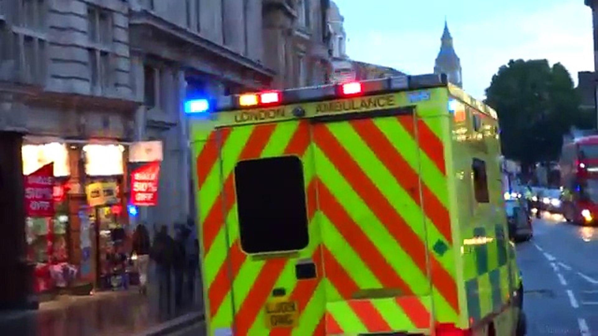 Ambulances responding - London Ambulance Compilation