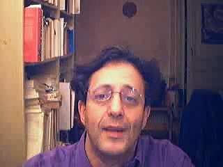 Sarkozy à Constantine ; l'Algérie n'est pas un pays arabe