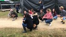 Au festival de la 7e vague, la musique commence au camping