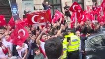 İngiltere'de Cumhurbaşkanı Erdoğan'a Sevgi Gösterisi (2)