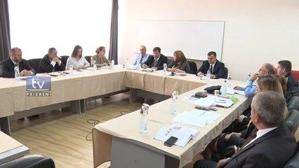 Koordinatori nacional dhe zv/ministri Naim Qelaj, takim me mekanizmin komunal në Dragash