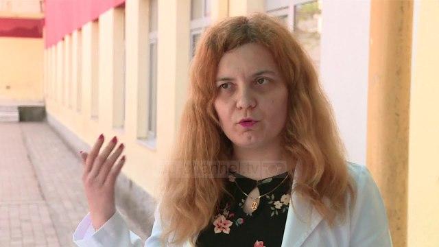 Video intime e mësuesit 65-vjeçar, drejtoresha: S'kemi pasur ankesa ndaj tij