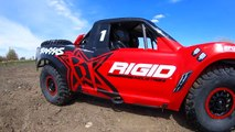 RC ADVENTURES - ROOSTERS for DAYS! HAS The SLASH 4x4 BEEN REPLACED? UDR 6S 4WD RACE TRUCK on TRACK!
