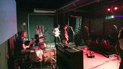 BEACH FOSSILS goes on stage - São Paulo, Brazil