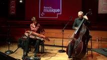 Trio Laurence Bourdin, vielle à roue, Bernard Santacruz, contrebasse et Xavier Garcia, traitements sonores