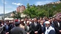 Çankırı'daki trafik kazasında hayatını kaybeden 4 kardeşe son görev- Cenaze dönüşü Gümüşhane'den İstanbul'a giderken Çankırı'da trafik kazasında hayatlarını kaybeden 4 kardeş memleketleri Gümüşhane'nin Kürtün ilçesinde toprağa ve...