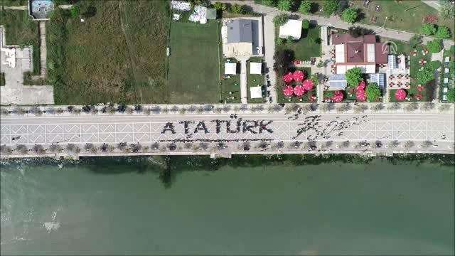Motosiklet Tutkunlarından Atatürk İmzası - İstanbul