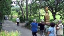 Alpes-de-Haute-Provence : Pierrevert respecte la tradition, en avant pour la procession de la Pentecôte