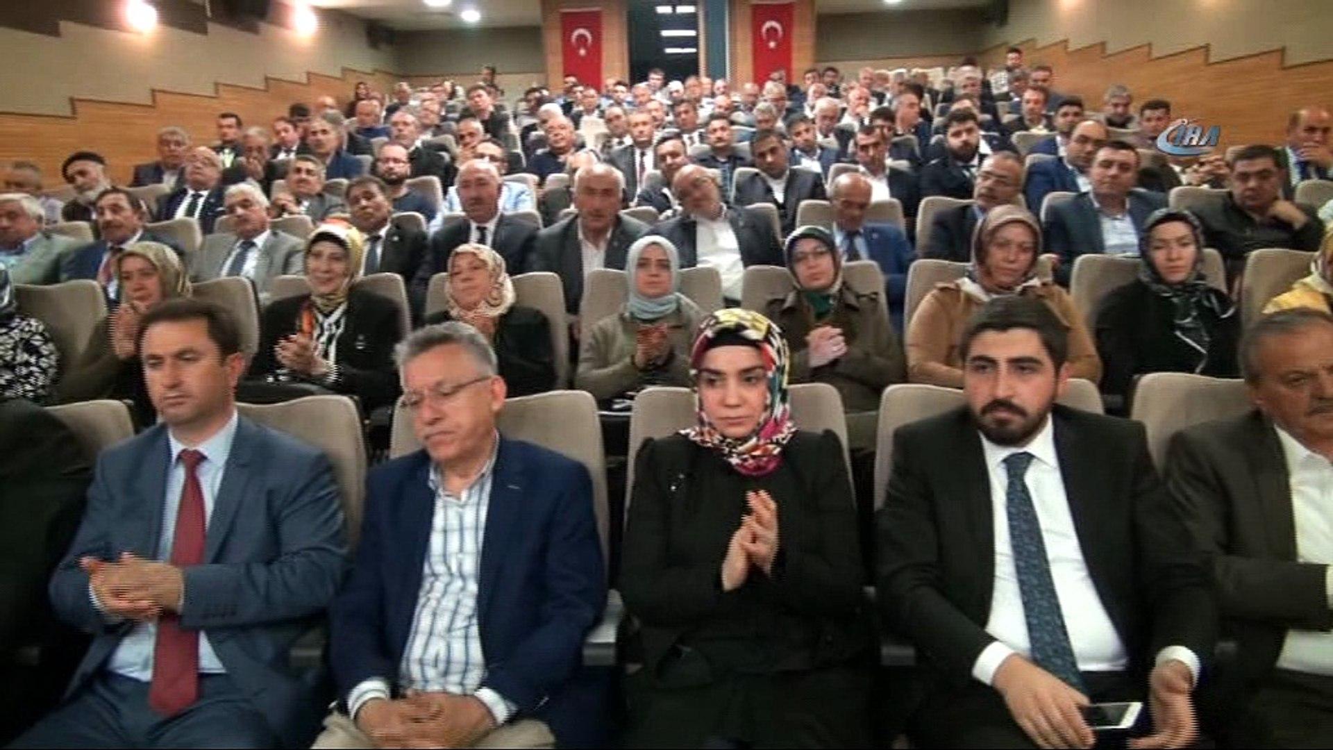 Başbakan Yardımcısı Bozdağ, 'CHP Türkiye'de sistem değişmemiş gibi seçim hazırlığı yapıyor
