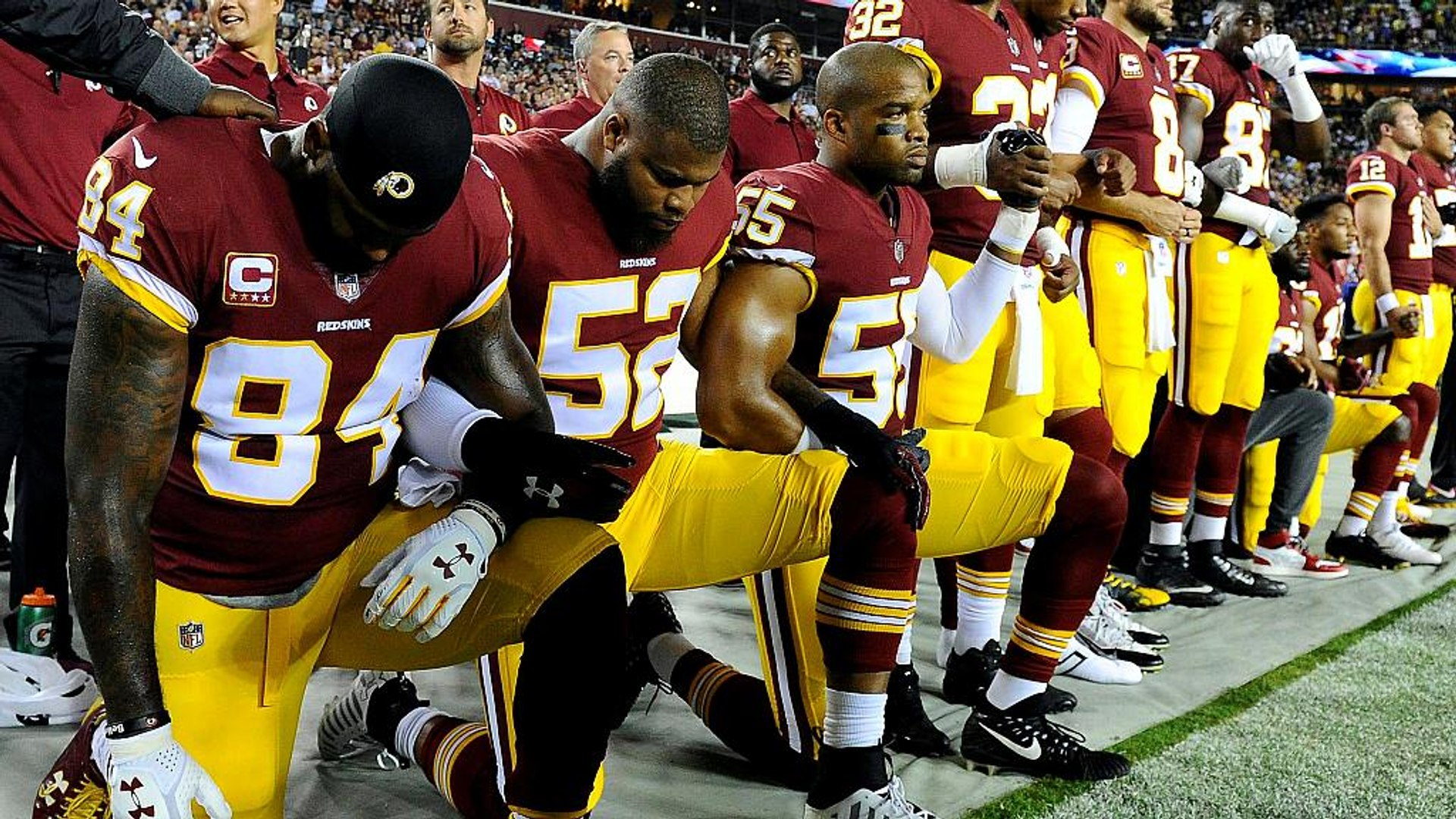 NFL teams to be fined if protesting players kneel during anthem