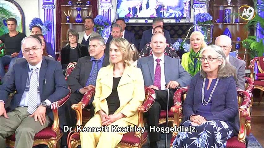 Sn. Adnan Oktar'ın Yaşamın ve Evrenin Kökeni Uluslararası Konferansı Konuşmacıları ve Aileleriyle Görüşmesi