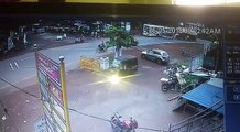 Gas Tanker Lorry hits bus in india...15 injured...!!!!!