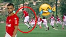 Rachid Ghezzal joue contre 55 petits enfants