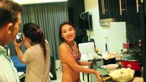 Asian Dating in Pattaya Sean and His Two Thai Guests Cook Texas Suki