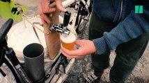 Ce cheminot a créé une tireuse à bière sur vélo pour des manifs plus conviviales