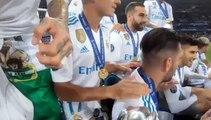 """""""¿Dónde está CR7?"""", el cántico de los jugadores del Real Madrid durante la celebración de la Champions"""