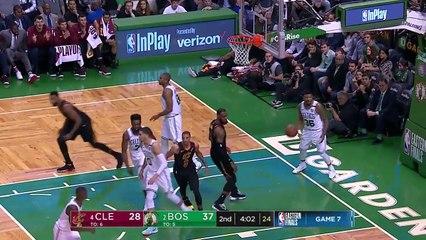 LeBron James'ten Boston'da 35 sayı, 15 ribaund, 9 asist, 2 blok