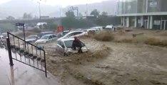 Meteoroloji Ankara İçin Saat Verip Sağanak ve Dolu Yağışı Uyarısı Yaptı