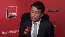 """Manuel Valls candidat à la mairie de Barcelone ? """"je regarde cela de prêt"""""""